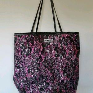 Betsey Johnson Large Shoulder Handbag Black Pink